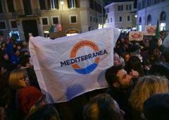 """Scontro in Ue, Italia alla Corte: """"Sea Watch è olandese, tocca a loro"""""""