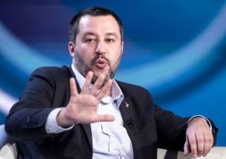 Salvini senza freni su Bce:
