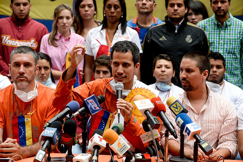 """Juan Guaido, un presidente che """"gioca a fare il politico"""" secondo Nicolas Maduro"""