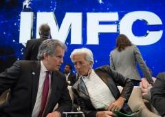 """Allarme Fmi sull'Italia: """"Pil rischia nuova contrazione"""""""