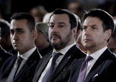 """Governo si spacca sulla flat tax. Salvini: """"da fare subito"""". Di Maio non ci sta"""