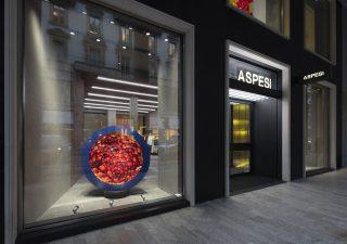 Aspesi apre a Milano