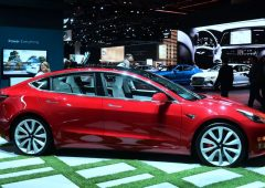 Tesla Model 3, tour europeo in vista del lancio in Italia