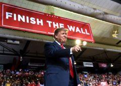 Da Trump manovra di austerity per finanziare il muro con il Messico