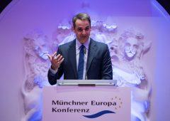 Grecia: tasse basse e investimenti, la sfida dell'anti-Tspiras