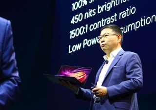 Dopo Samsung anche Huawei lancia smrtphone pieghevole