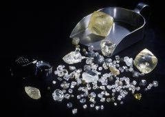 Truffa diamanti: a processo oltre 100 persone e 5 società tra cui alcune banche