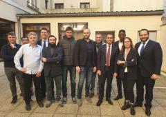 """Gilet Gialli, Francia contro Di Maio: """"visita inaccettabile"""". Via l'ambasciatore"""
