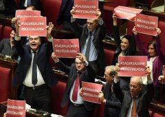 """TAV: governo rinvia tutto. Pd attacca: """"Voto di scambio con caso Diciotti"""""""