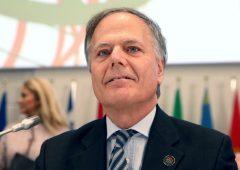 Brexit, Italia voterà per rinvio articolo 50