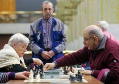 Pensioni: quota 100 e reddito di cittadinanza, conti non tornano