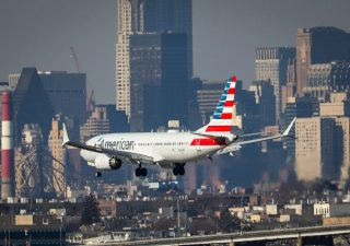 Boeing: nel 2018 ispettori Usa valutarono stop di alcuni 737 Max