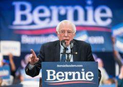 Bernie Sanders si ritira dalla campagna per le primarie democratiche