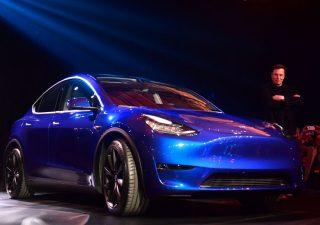 Tesla in Europa è indietro, ma rimonta sembra iniziata