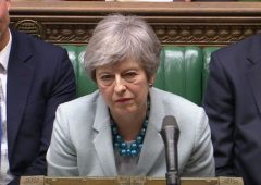 "Brexit, May implora i laburisti: ""Troviamo un accordo in fretta"""