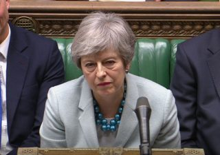 Caos Brexit: May al capolinea. Uk alle urne per le Europee