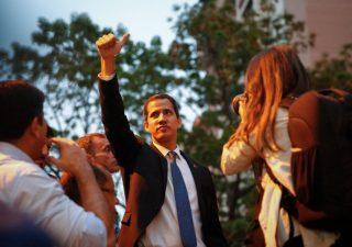 Venezuela: Maduro revoca a Guaidò carica di presidente Assemblea
