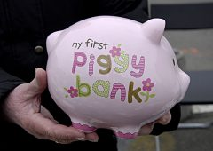 Debiti e (poco) risparmio: le vulnerabilità delle famiglie Usa
