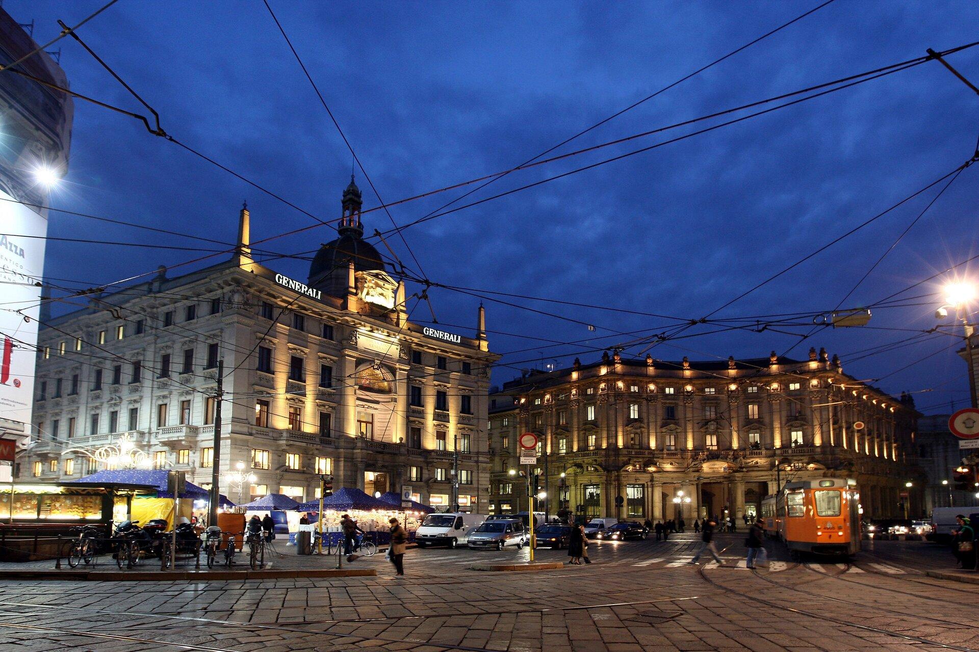 Uno scorcio di Piazza Cordusio a Milano