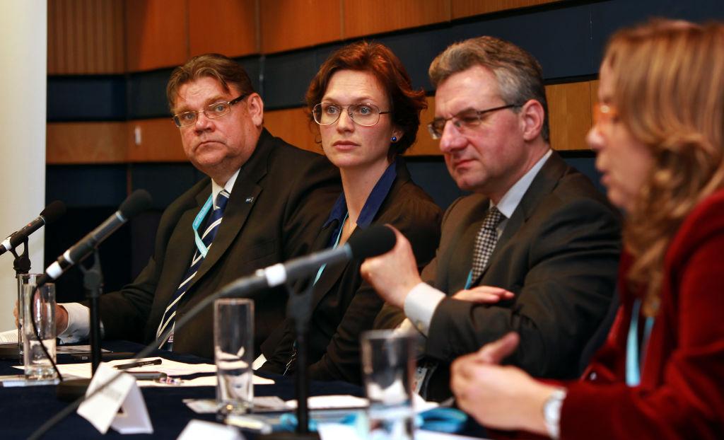 Jan Zahradil eurodeputato della Repubblica Ceca è il secondo da destra nella foto  (David Jones/PA Images via Getty Images)