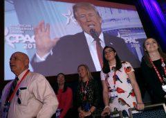 Trump osannato al CPAC, ma si aprono prime crepe coi Repubblicani