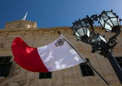 Blockchain regolamentata anche in Italia: le differenze con Malta