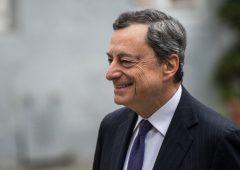 Bce, nuova droga alle banche: tassi Btp ed euro giù