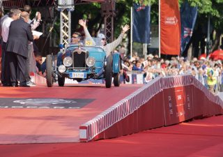 Deutsche Bank Wealth Management in prima fila alla 1000 Miglia 2019