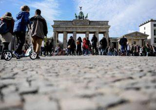 Germania in affanno: economia debole trascina giù l'euro