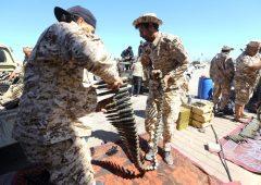 Guerra in Libia: bombardato unico scalo civile di Tripoli