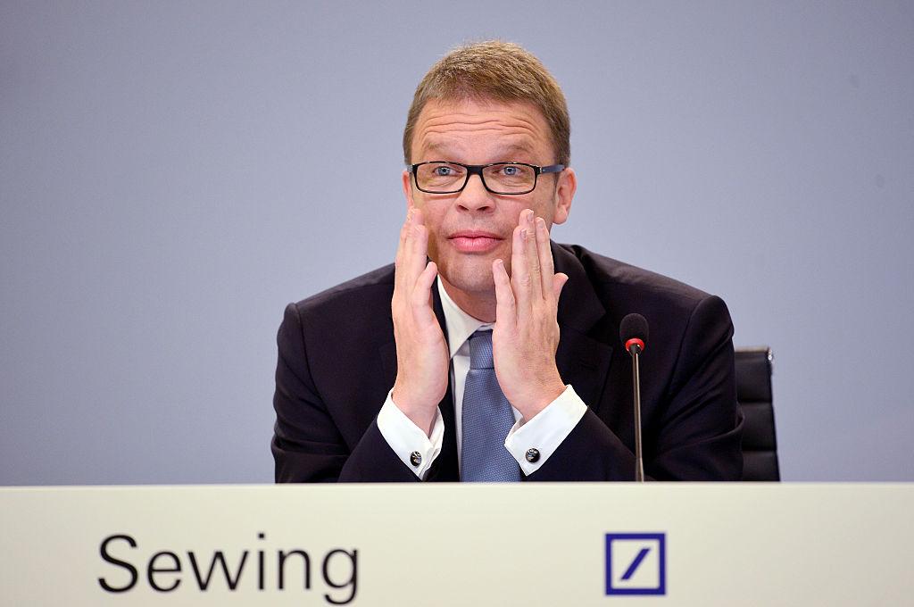 AD Christian Sewing di Deutsche Bank