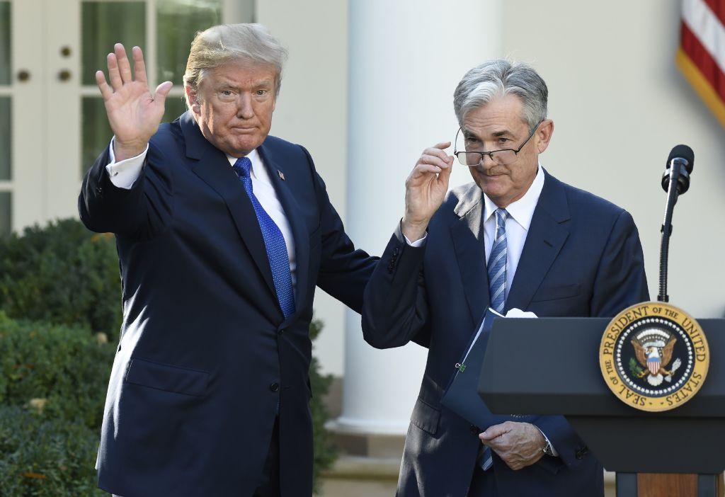 "Trump trascina la Fed nella guerra contro la Cina: ""abbassi i tassi"""