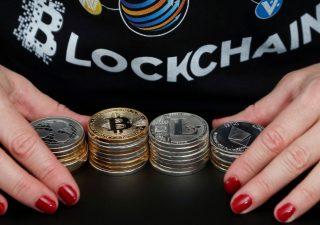 Bitcoin risorge dalle ceneri: volano quotazioni e commissioni
