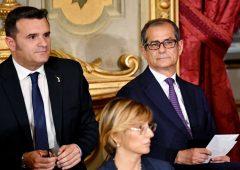 """Tria sdrammatizza stime Commissione: """"previsioni politiche più che economiche"""""""