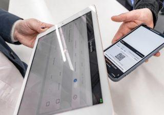 Mobile banking, per sei italiani su dieci è una realtà