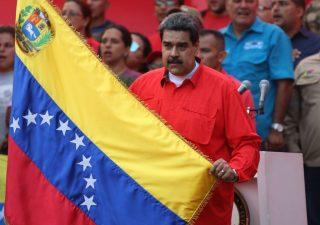 Venezuela verso la guerra civile. Sale tensione Russia Usa
