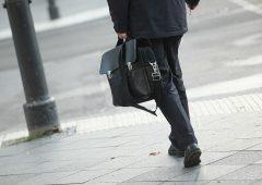 Consulenti finanziari sempre più richiesti ma cala stipendio base