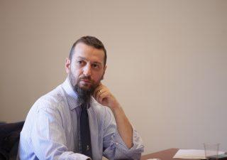 """SCARABEO con Carlo Stagnaro: """"Minibot primo passo formale per l'uscita dall'euro"""""""