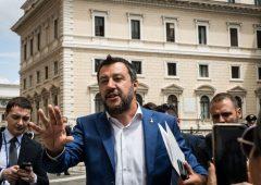 """Governo in bilico, Salvini: """"Manovra coraggiosa o il coraggio lo chiediamo agli italiani"""""""