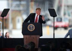 Donald Trump: la Camera vota sì all'impeachment