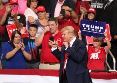 """Trump inaugura la campagna 2020,  """"l'American dream ha bisogno di altri quattro anni"""""""