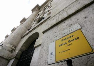 Risiko bancario scuote Piazza Affari, unica in positivo in Europa