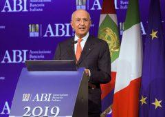 """Patuelli (ABI): """"Spread impoverisce gli italiani. Debito palla al piede dello sviluppo"""""""