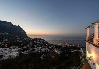 Case vacanza, crescono le compravendite. A Capri prezzi più alti d'Italia