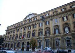 Titoli di Stato: nuova emissione in dollari. Investitori stranieri tornano in Italia