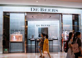 Diamanti: mercato in crisi, crollano le vendite di De Beers