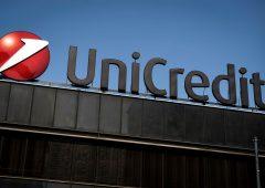 Unicredit alza il velo sul piano 2023: taglierà 8 mila dipendenti e 500 filiali