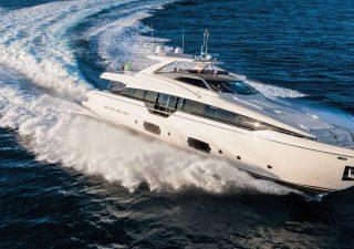Gli yacht Ferretti pronti ad approdare a piazza Affari