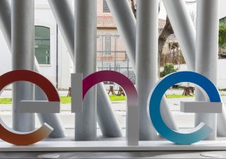Sostenibilità, a Enel la maglia rosa sul web. Sul podio Eni e Stellantis
