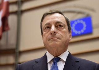 BCE: domani ultima riunione con Draghi presidente, le attese degli analisti
